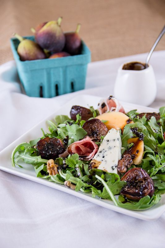 Fig and Prosciutto Salad with Blue Cheese and Balsamic Reduction from Everyday Good Thinking | @HamiltonBeach