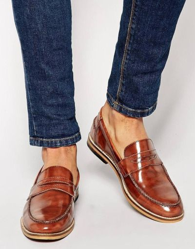 Classic Cognac Patent Leather Penny Loafer, Men's Spring Summer Fashion. / 이런 걸 볼 땐 여름이 가고 있는 것이 슬프다.