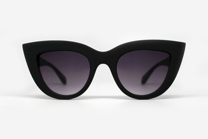 Quay. Kitti sunglasses.