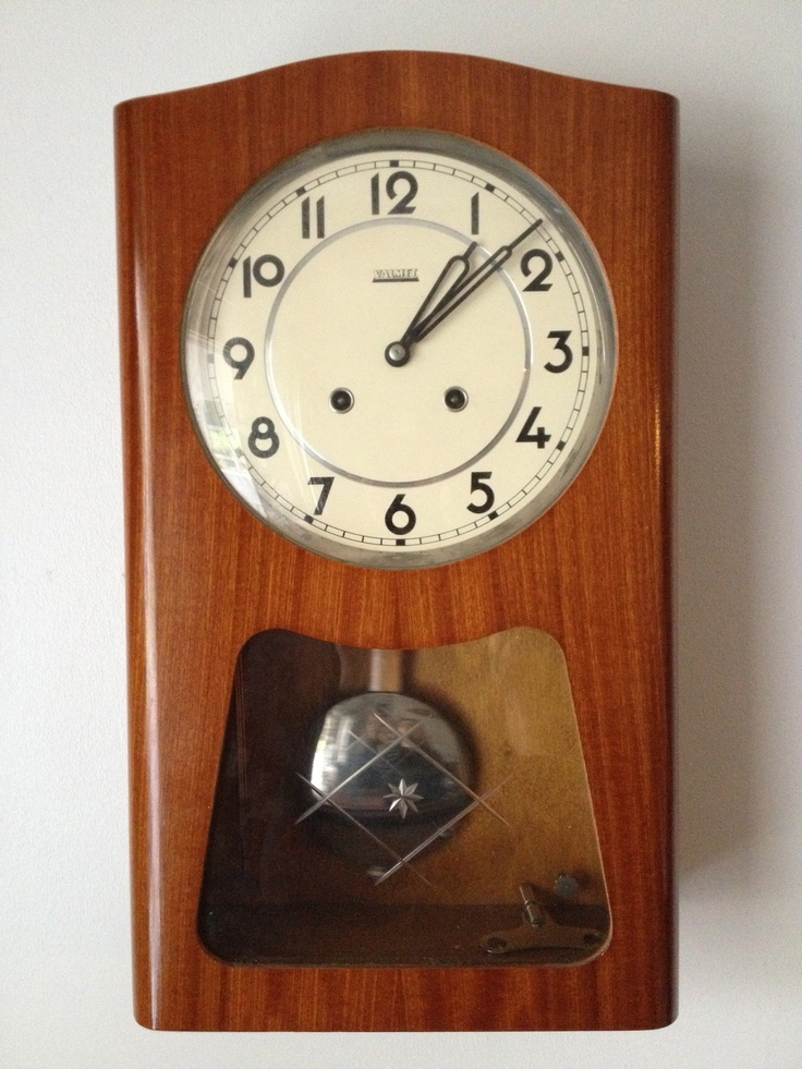 A nice memory from the 70s, exactly same clock in my family.