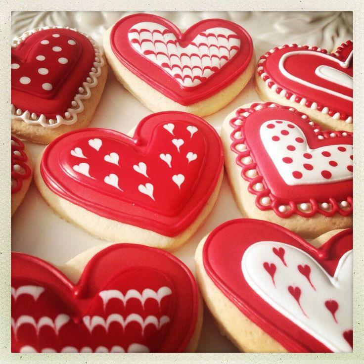 Nuestras galletas de miel y limón una deliciosa opción en forma de corazón para regalar en el día del amor y la amistad!!!