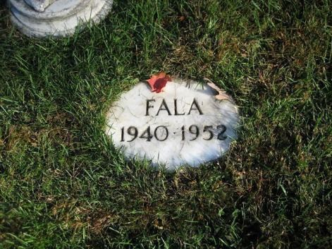 The grave of Fala; incredible companion & friend to FDR.