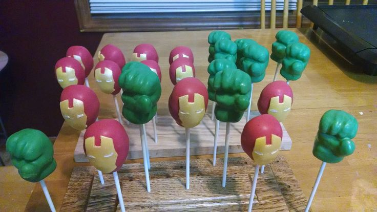 25 best ideas about incredible hulk cakes on pinterest