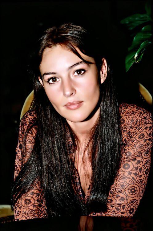 Monica Bellucci Young