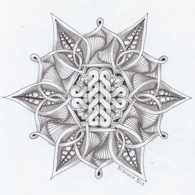 Didisch website: Celtic knot # 6 en Zendala dare 25