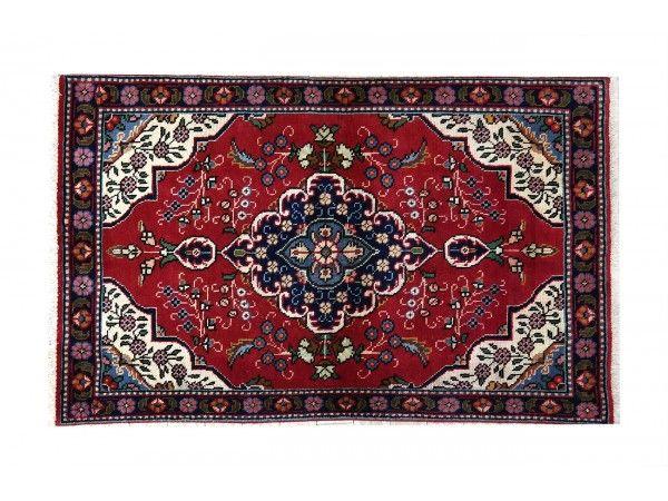 Tappeto #persiano TABRIZ  misura 154x95 cm. #tappeti #persiani #persianrugs #orientalrugs #rugs #persia #milano #milan #tabriz