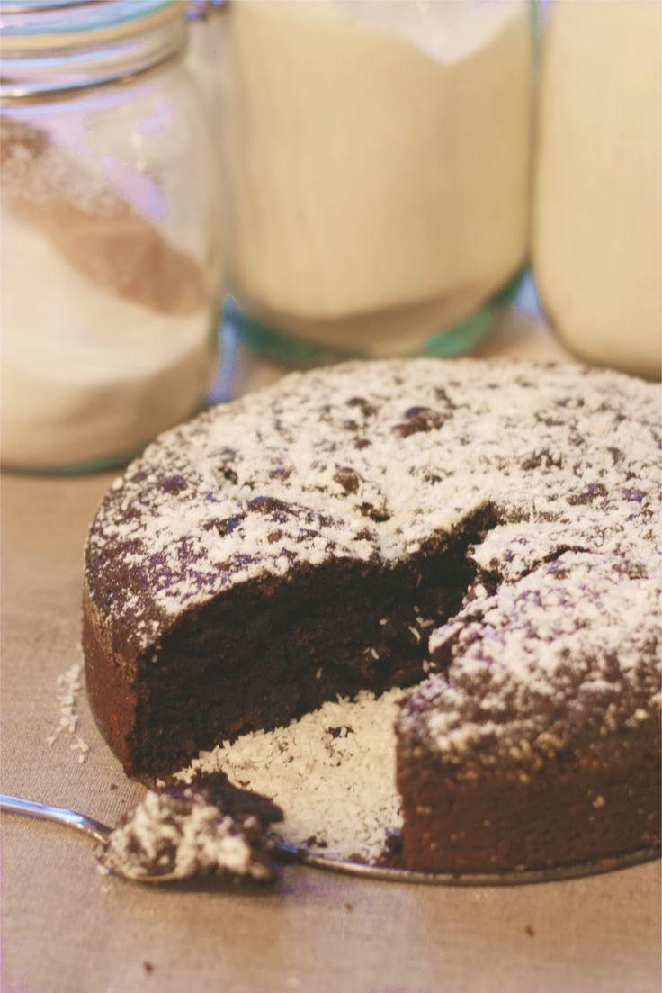 5 widelców : Pyszne ciasto czekoladowe bez jajek