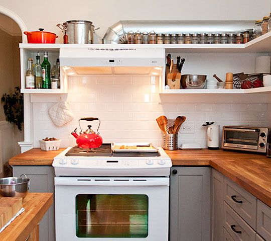 how to clean your kitchen and keep it clean in 20 minutes a day for 30 daysButcher Block, Cabinets Colors, Open Shelves, Small Kitchens, Subway Tile, Kitchens Cleaning, Cleaning Tips, Wood Countertops, Cleaning Schedule