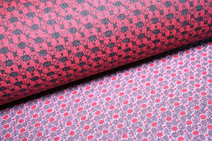 Tessuto jaquard made in iItaly con graziosa fantasia di disegni nei colori nero e rosso. di UMEfabrics su Etsy