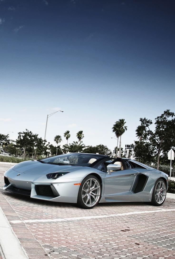 Lamborghini Aventador 700-4 Roadster