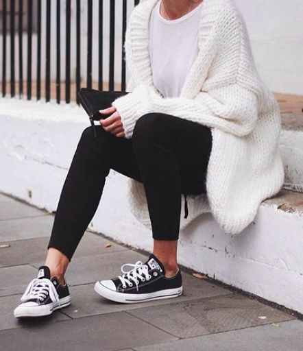 The Basics // Light White Tee + Chunky Oversized Cardigan + Leggings + Converse Low-Top Sneakers.