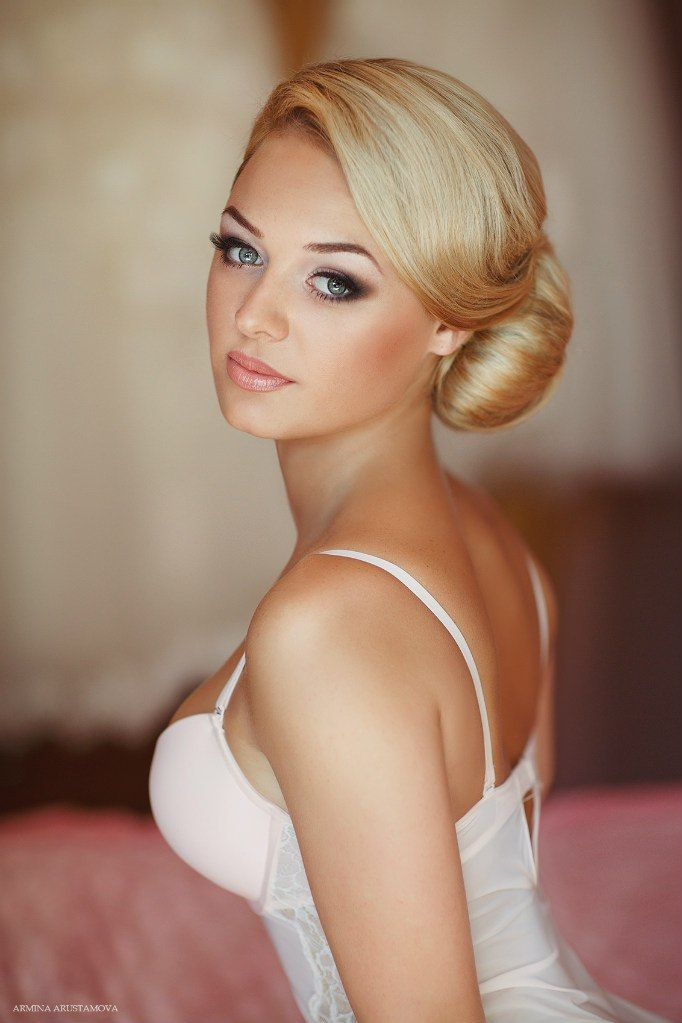 stunning bridal makeup and updo ~ we ❤ this! moncheribridals.com