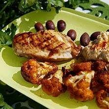 Kyckling med stekt blomkål och hummus