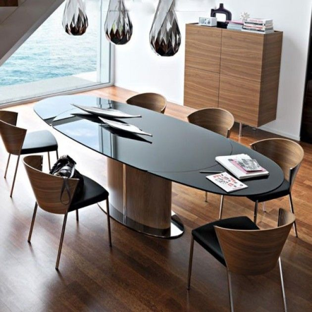 Odyssey Dining Table Calligaris Expandible elliptical dining