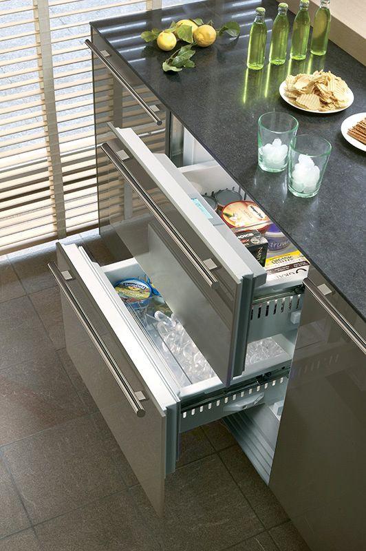 Integrated Refrigerator/Freezer Drawers 6