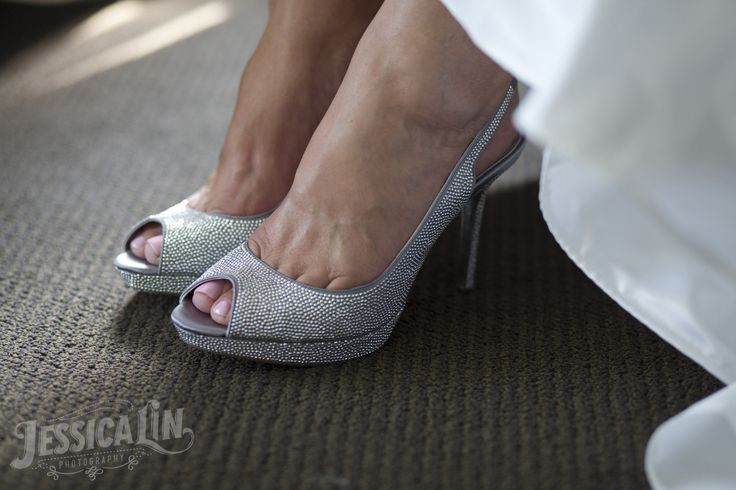 #Toronto #wedding #shoes #bride #sparkle #detail #heels #opentoe #silver #JessicaLinPhotography