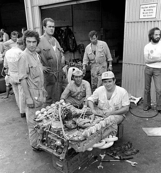 Ferrari crew working on a 001/1 flat 12 engine from a Ferrari 312B2 at the Nürburgring, 1971 German Grand Prix
