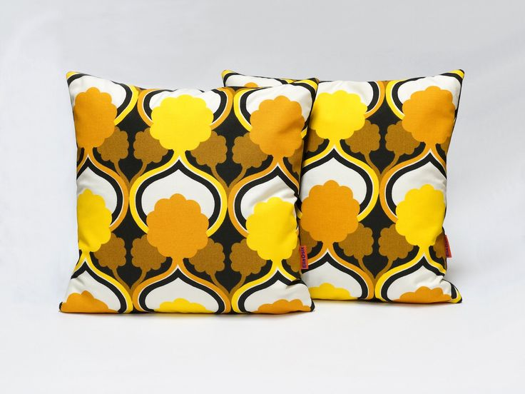 70s yellow Retro throw Pillow |  mid century decorative pillow | 16x16 | custom pillow | yellow pillow cover | yellow cushion cover - pinned by pin4etsy.com