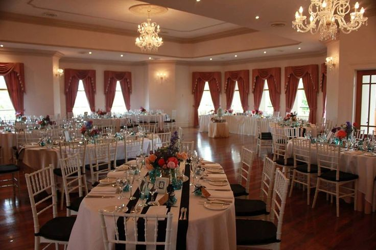 Historic Eschol Park House Regency room. Styled by our bride Kristy Lee.
