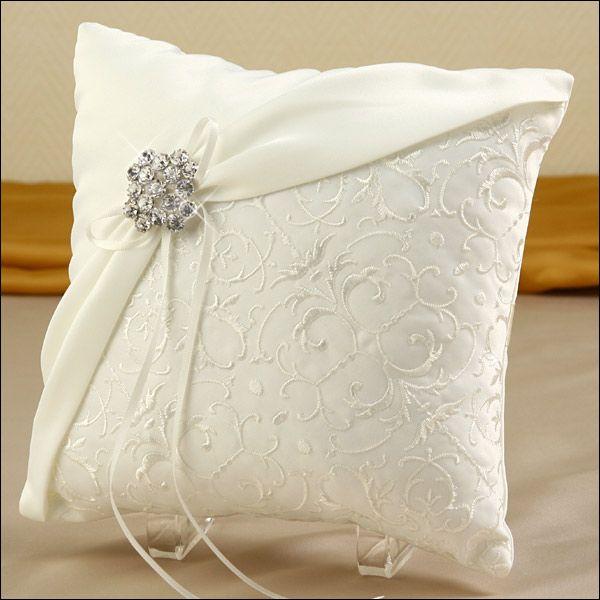 Ring Bearer Pillow - Glamour Brooch - Ivory & 25+ cute Ring bearer pillows ideas on Pinterest | Wedding ring ... pillowsntoast.com