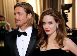 cotibluemos: Brad Pitt y Angelina Jolie se han casado en Francia