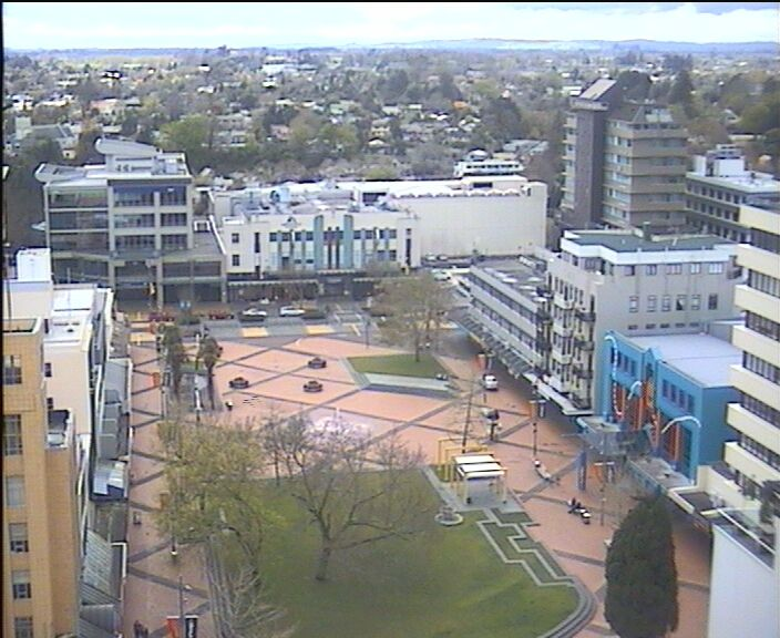 Hamilton CBD, NZ - live weather site with webcam