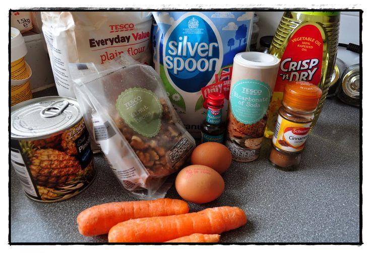Kuchnia Borsuka: Ciasto ananasowo-marchewkowe