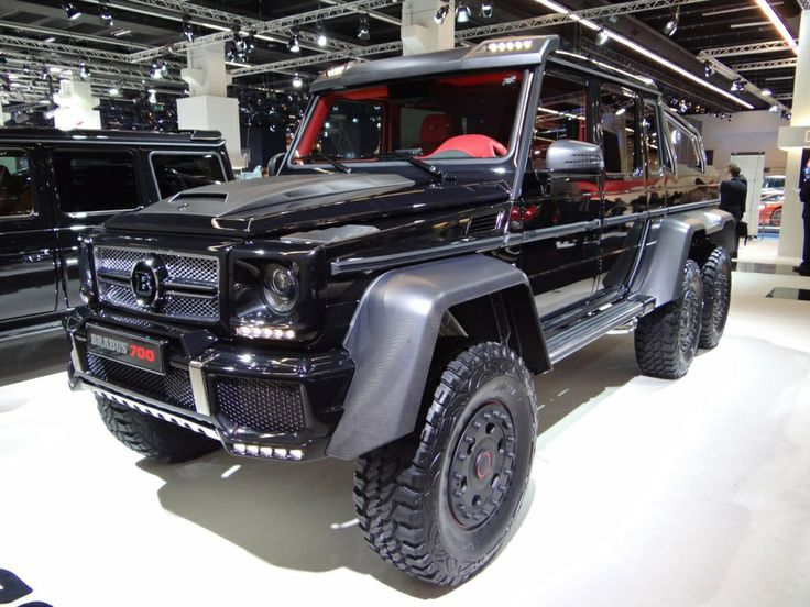 Barbus 700 also known as a Merceds AMG G class 6x6! One of thee sexiest cars❤️