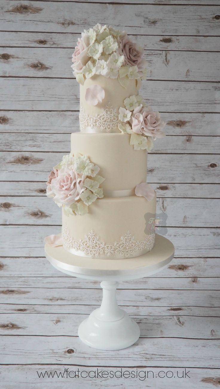 sugar rose traditional wedding cake