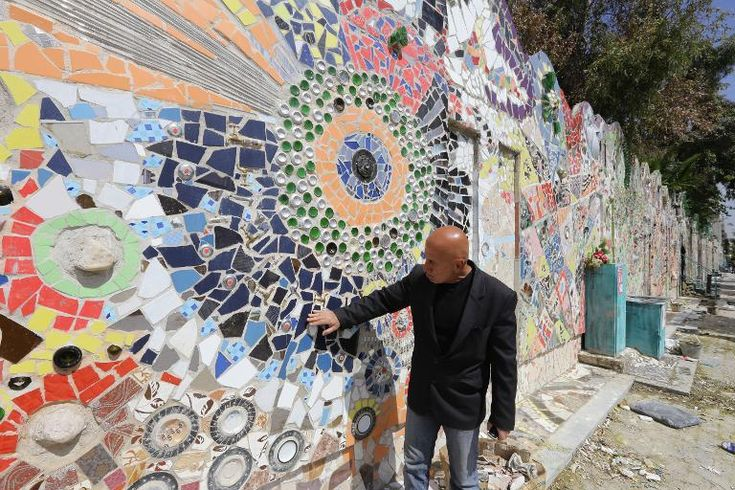 Syria artist sets Guinness record with Damascus mural - Yahoo News  I thought this was a neighborhood I've been to in Philly. #ArtIsUniversal