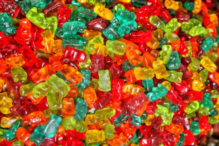 candy Wallpaper HD Wallpaper