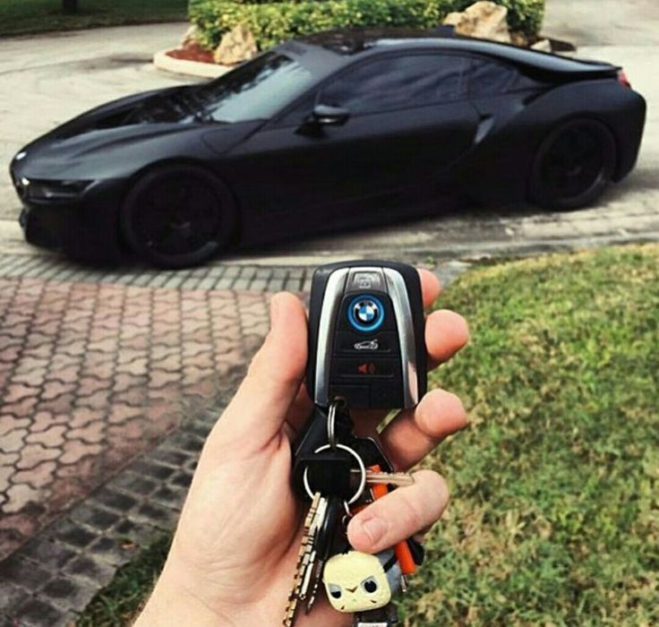Keys To The Murdered Out i8
