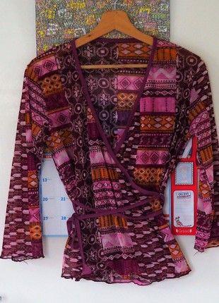 À vendre sur #vintedfrance ! http://www.vinted.fr/mode-femmes/blouses-3-slash-4/50522625-haut-cache-coeur