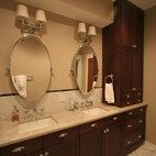 Traditional Style Bathroom Remodel with Custom Vanity and Cabinetry