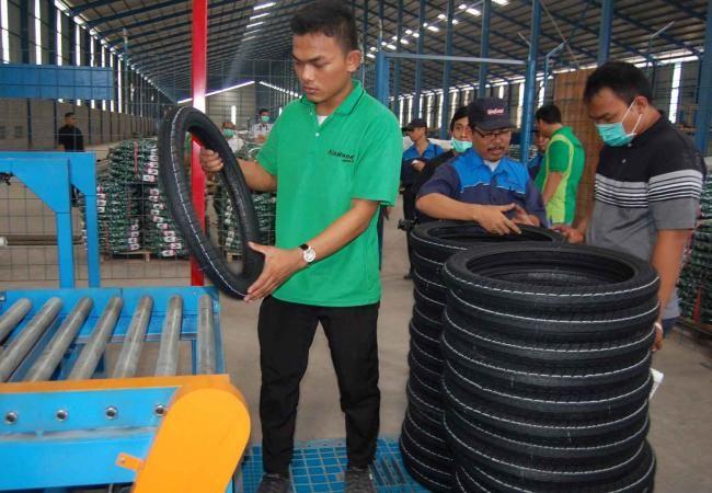 King Tire Indonesia : Ban Motor King Land Lebih Awet - Vivaoto.com - Majalah Otomotif Online