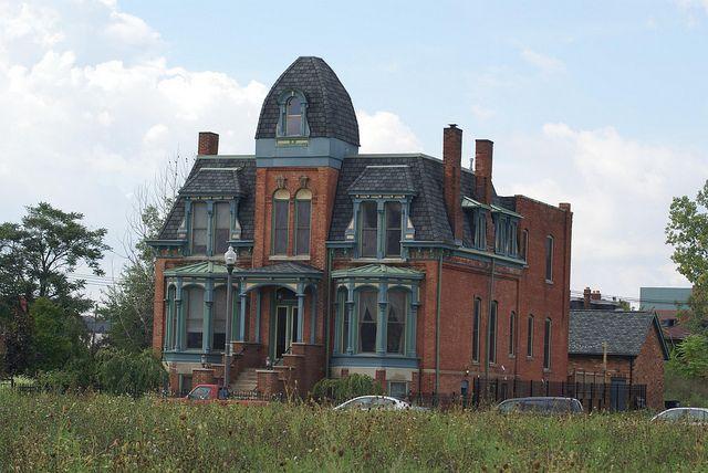 abandoned us mansions | Abandoned Mansions for Sale USA http://pinterest.com/linlmiller ...