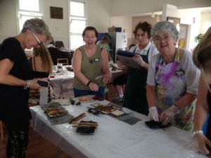 February 2017   September 2016   July 2016 – Blackall Workshop The Blackall Living Arts Centre hosted me for a 2 day workshop , with the support of an RADF Grant June 2016 Fe…