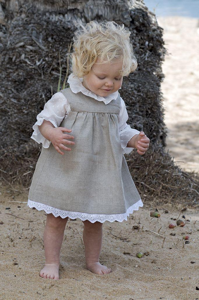 Vestido de lino para bebés y blusa de plumeti