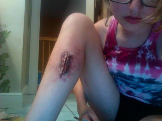 how to make easy fake wounds fake wounds and halloween makeup - Halloween Fake Wounds