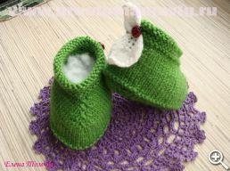 пинетки-зеленые-с-листочками