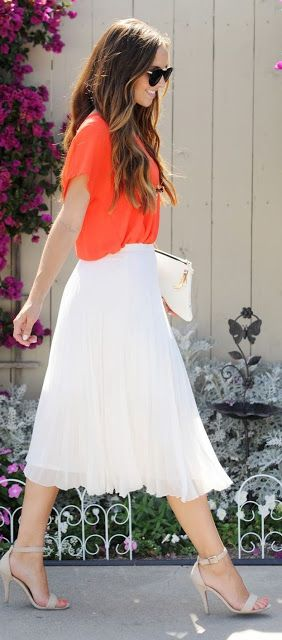 Women's fashion | Vaporous white pleated skirt with loose orange shirt