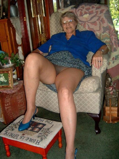 Old Granny In Pantyhose Porn Tubel 80