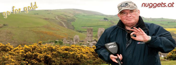 John with his AT PRO Metal Detector finds nice coin in UK