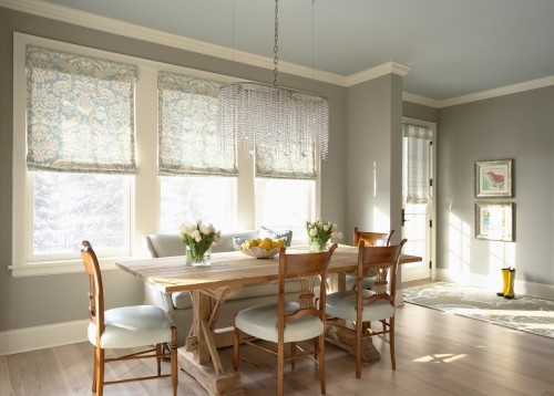 wall color.Dining Rooms, Wall Colors, Romans Shades, Breakfast Nooks, Grey Wall, Painting Colors, Eclectic Dining Room, Windows Treatments, Gray Wall