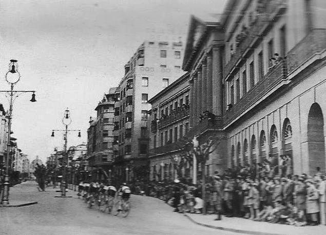 Ciclistas por Carlos III.