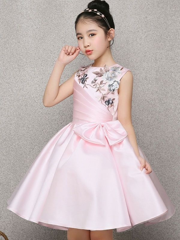 12c1c36cc Embroidery Bow Color Block Applique Round Collar Sleeveless Mid Dress