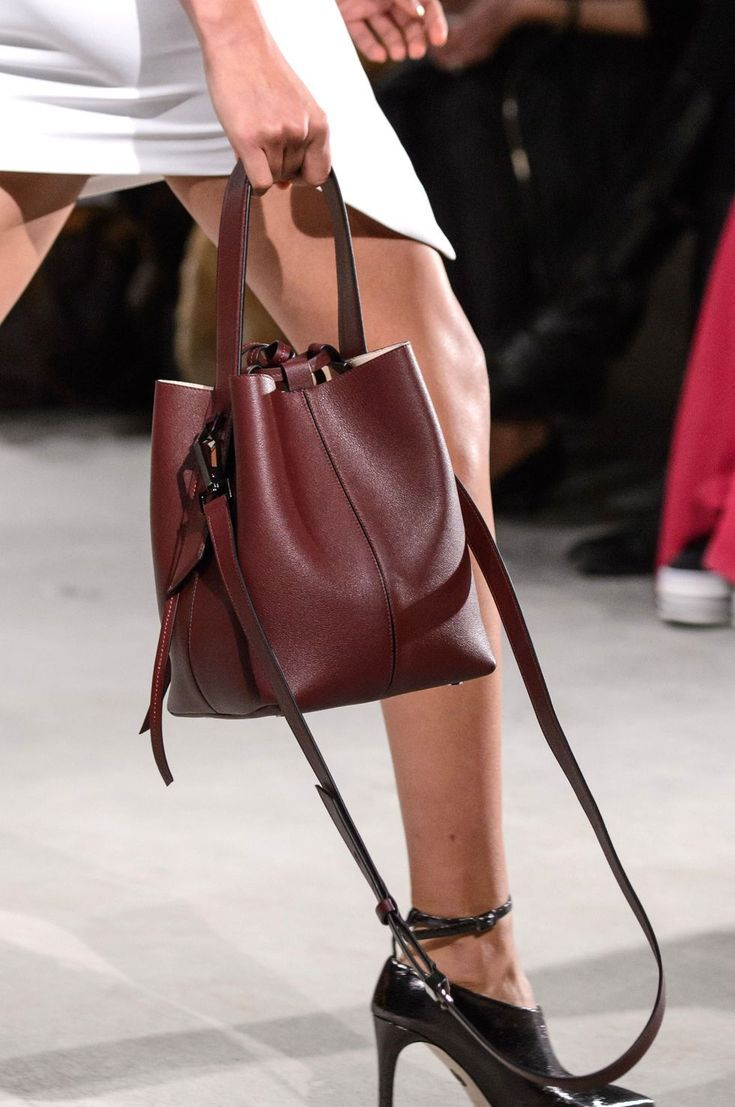 7 Fall Bag Trends That Are About To Take Over images