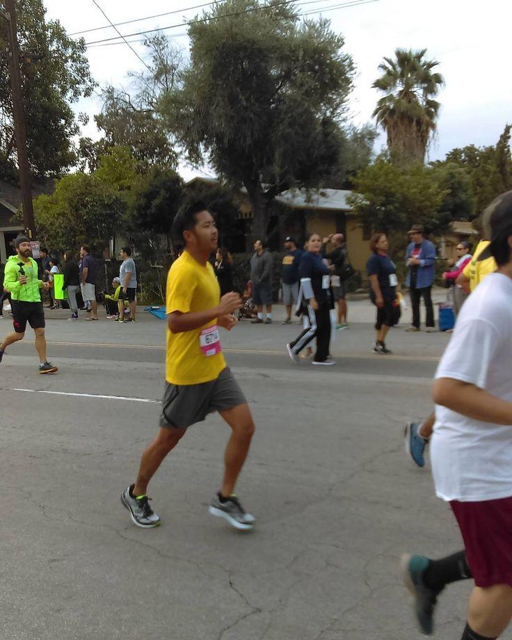 Hawthorne High Marathon Leader. Pictures from the SRLA La Puente 10K feel free to tag and if you ran  #highfive #srla #lapuente #10k #tagyourself #tagafriend #srla10k16 #marathontraining #srlaleaders #makingadifference #changibglives #inspiringyouth