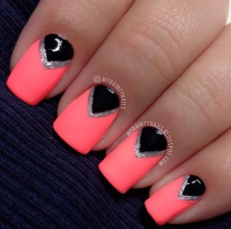 Simple nail design in black and coral!  #nails #glitter #squarenails - bellashoot.com
