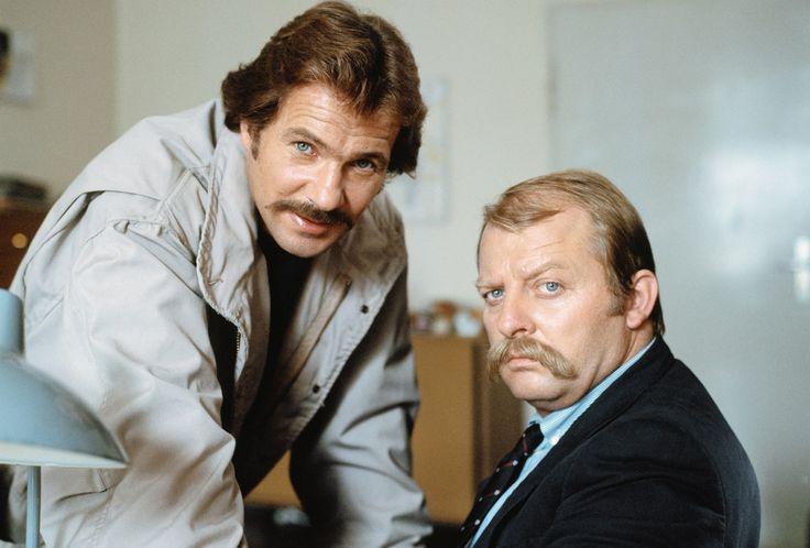 """Götz George und Eberhard Feik in einem Schimanski - """"Tatort"""" von 1984"""